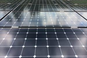 https://www.solarreinigung-bayreuth.de/wp-content/uploads/2017/05/IMG_4619-300x200.jpg