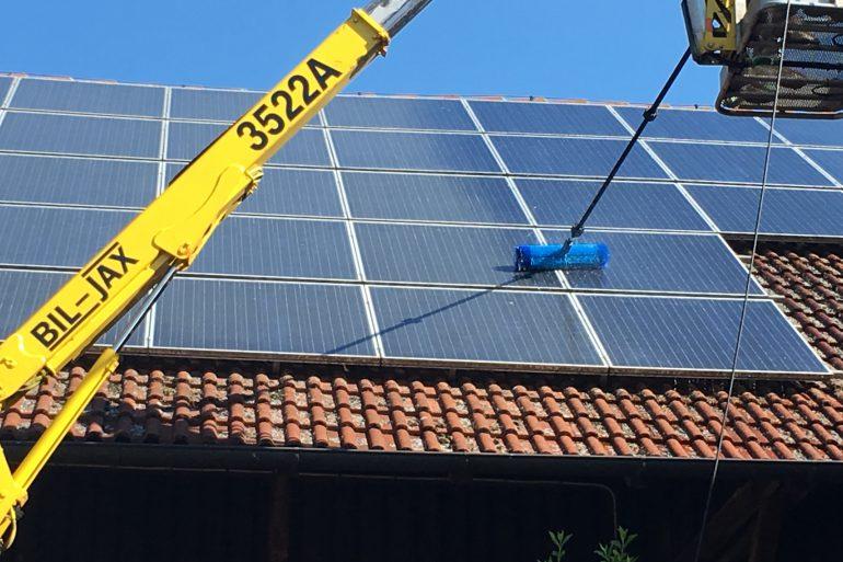 solar und photovoltaik reinigung bayreuth oberfranken. Black Bedroom Furniture Sets. Home Design Ideas