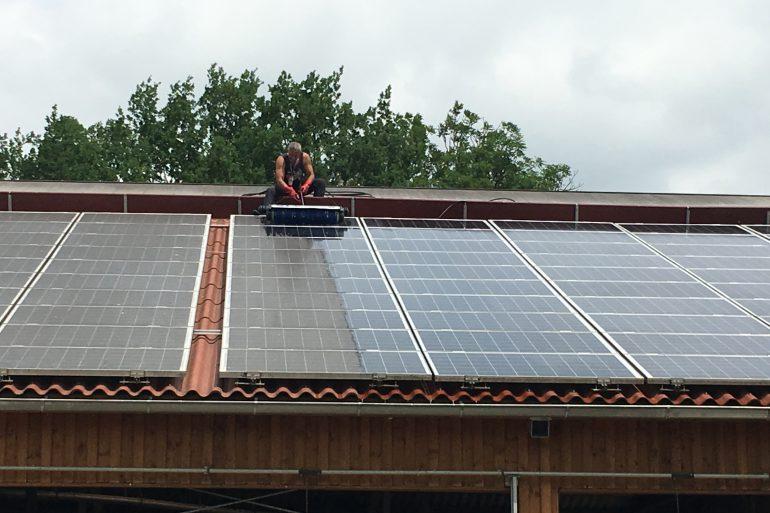 solar und photovoltaik reinigung bayreuth oberfranken oberpfalz. Black Bedroom Furniture Sets. Home Design Ideas